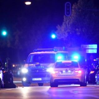 <font color=&quot;#d30008&quot;>BLOGI</font> | 18-aastane noormees tulistas Müncheni ostukeskuses surnuks 9 inimest; tul