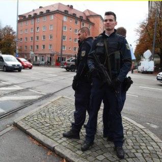 Müncheni metroojaamas pussitati mitut inimest, kurjategija tabatud
