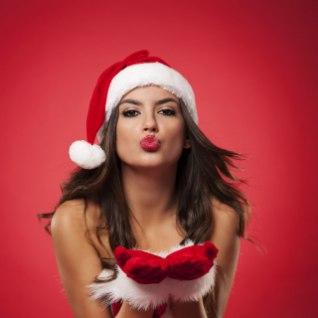VAIKSELT JA MÕNUSALT: 7 sekspoosi, mida jõulude ajal vanematel külas olles katsetada