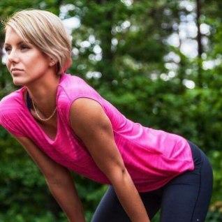 <font color=&quot;#d30008&quot;>IMELINE NAINE! </font>Mõne kuu eest sünnitanud Grete Šadeiko näitas treeningul suurepärast vormi
