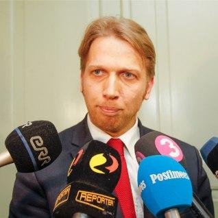 """Karilaid: """"kolm õde"""" - Toom, Loone ja Ivanova - ei saa kunagi ministriteks!"""