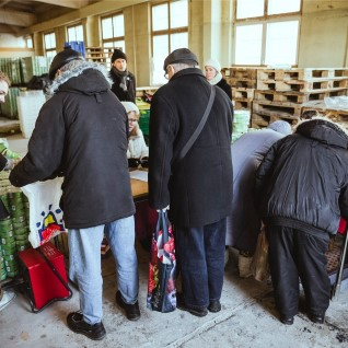 <font color=&quot;#d30008&quot;>TV3 VIDEO | </font>Keskmine Eesti pere viskab ära umbes 200 euro väärtuses toitu