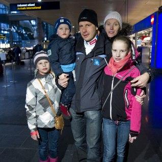 <font color=&quot;#d30008&quot;>Maa tuleb täita lastega –</font> Eesti tippsportlased on tegutsenud usinalt!