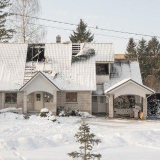 Jõgeva majapõlengu põhjustas kuum tuhk