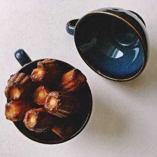 <font color=&quot;#628e24&quot;>Kui maitsev!</font> Rummi ja vaniljega cannelé koogikesed