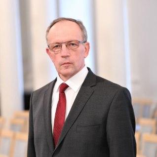 Uus Tartu ülikooli rektor Toomas Asser orienteerub inimese ajus
