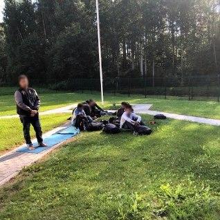 В Вырумаа пограничники задержали 14 нелегалов (ФОТО)