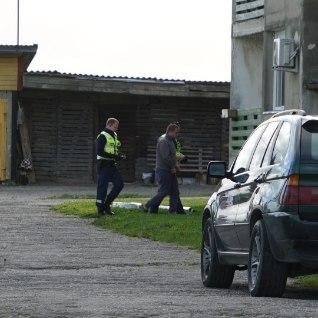 <font color=&quot;#d30008&quot;>FOTOD | Politsei pidas kinni mehe, keda kahtlustatakse endise abikaasa tapmises&nbsp;</font>