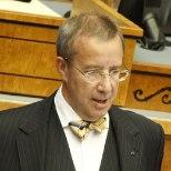 Ilves: riigikogu ja peagi ametisse astuvat valitsust ootab ränk töö