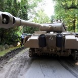 FOTOD   Saksamaal leiti elumaja keldrist sõjaaegne tank