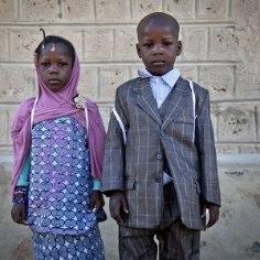 """<a class=""""tag-417"""" href=""""http://www.ohtuleht.ee/teemalehed/uro"""">ÜRO</a> <a class=""""tag-4973"""" href=""""http://www.ohtuleht.ee/teemalehed/laps"""">lapse</a> õiguste konventsioonis on kirjas laste õigused, mille hulgas üks olulisem on turvaline kasvukeskkond. Paraku ei ole paljude laste üleskasvamine sugugi turvaline ning sageli on selle taga just täiskasvanud, kes tegelikult peaksid laste heaolu eest hoolitsema, kirjutavad Merle Pajus, ENUT Armeenia projekti juht, Reet Laja, ENUT Armeenia projekti ekspert."""