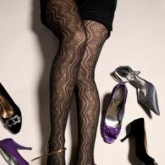 Kuigi kõrge kontsaga kingad teevad jalad sihvakaks, on neil ka mitmeid ebatervislikke omadusi. Loe, kuidas nende halba mõju minimeerida, et saaksid ilusatest kingadest rõõmu tunda ning jalad püsiksid terved ja ilusad.