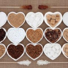 Kivikõvaks muutunud pruuni suhkrut oleme kindlasti kõik näinud ja seda käkki on väga keeruline koogitainasse lisada. Siin on sulle aga neli nippi, kuidas saada pruun suhkur jälle värskeks, pehmeks ja niiskeks nagu ta olema peaks.