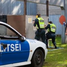 В пятницу в 20:20 в полицию поступил вызов в одну из квартир Ласнамяэ.