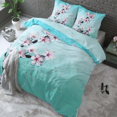 Saarlander esitleb uusi elegantseid ja pilkupüüdvaid voodipesukomplekte, mis on igati sobilikud olulisele naisele naistepäevaks kinkida.
