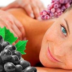"""Saka Mõisa väikeses privaatses spaas on Sind ees ootamas rahu ja vaikus, kosutavad protseduurid, kuum saun ja luksuslik tunniajaline kehahoolitsus punase veiniga... <a href=""""http://www.hotelliveeb.ee/et/saka-mois/romantikapaketid-4/pakett?utm_source=ohtuleht_naistepaev&utm_campaign=saka_veinipakett_naistepaev&utm_medium=ohtuleht_naistepaev"""" target=""""_blank"""">Romantiline puhkus</a> koos õdusa majutuse ja miljööga on meeldejääv kingitus nii endale kui kaaslasele. Hind kahele al. 96 eur."""