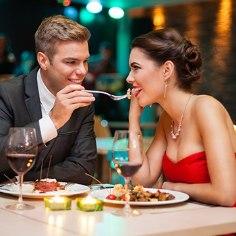 Nüüd on suurepärane võimalus nautida romantilist puhkust Kreutzwald Hotel Tallinnas, mis asub vaid 10minutilise jalutuskäigu kaugusel Tallinna vanalinnast.