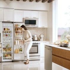 Juhtiva elektroonikaettevõtte korraldatud uuringust selgub, et just naised on need, kes muretsevad pere toidulaua eest ning toovad toidupoolise poest koju.