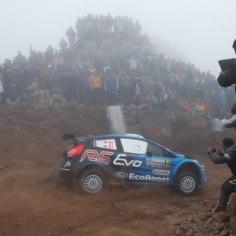 Kuigi WRC-sarjas kihutavale Elfyn Evansile loeb praegu kaarti Daniel Barritt, siis veel kaks hooaegatagasi jagas noorele britile rajajuhiseid Craig Parry, kellega koos võideti ka Suurbritannia meistritiitel.