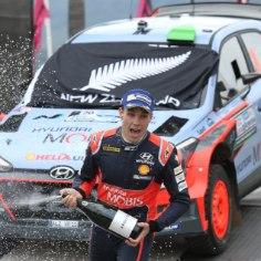 Selle nädala lõpus peaks viimaks selgemaks saama tants järgmise aasta WRC-meeskondade koosseisude ümber.Kuivõrd selleni on veel veidikene aega, heidame pilgu peale, keda kellega rallimeedia hetkel paari paneb.