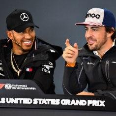 Lewis Hamilton võib juba sel nädalavahetusel USA GP-l kindlustada karjääri viienda vormel-1 tiitli. Võistluse eel jagus Fernando Alonsol briti suunas vaid kiidusõnu.