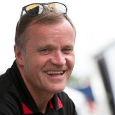 Toyota rallitiim liigub Austraalias meeskondliku meistritiitli kursil, mis pakub meeskonna bossile Tommi Mäkinenile ilmselgelt rahulolu.