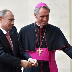 Saksamaal ja kogu maailmas lööb viimastel päevadel laineid peapiiskopi Georg Gänsweini intervjuu, mille austatud kirikuisa andis mitte kõige parema mainega ajakirjale Bunte.