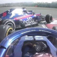 Hiinas Shanghais peetud vormel 1 etapil toimus üks kummaline kokkupõrge. Nimelt panid omavahel küljed kokku Toro Rosso piloodid Pierre Gasly ja Brendon Hartley.