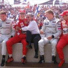Koos Michael Schumacheriga Ferrari vormel-1 meeskonda kuulunud brasiillane Rubens Barrichello tunnistas kodumaa meediale antud intervjuus, et on proovinud endist tiimikaaslast külastada, kuid pole selleks luba saanud.