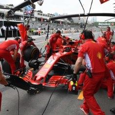 Vormel-1 sarja Bakuu etapi avaringil pälvis suurimat tähelepanu Kimi Räikköneni (Ferrari) ja Esteban Oconi (Force India) kokkupõrge.