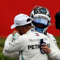 Vormel-1 Hispaania GP kvalifikatsiooni kiireim oli valitsev maailmameister Lewis Hamilton (Mercedes), kes stardib homsel etapil parimalt stardikohalt.