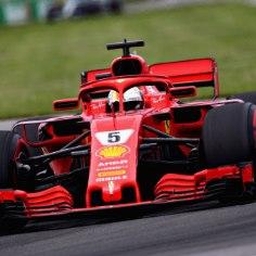 Vormel 1 masinad kihutasid sel nädalavahetusel Kanadas Montrealis. Eelneval kolmel aastal polnud neil radadel vastast valitsevale maailmameistrile Lewis Hamiltonile, kes tänavu aga viienda kohaga leppima pidi. Ülikindla võidu teeni Sebastian Vettel, kes kordagi võistluse jooksul liidrikohta ei loovutanud. Võistluse käiku saab vaadata allolevast blogist!
