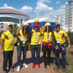 Jalgpalli MMi esimene voor läheneb lõpule täna kell 15 teevad Saranskis oma avalöögi Kolumbia ja Jaapan. Nagu kõigile Ladina-Ameerika riikidele kohaselt on Venemaale tulnud ka palju kolumblasi ning nad on Mordva pealinna kollaseks värvinud.