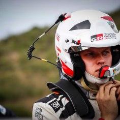 Hiljuti Rally Estonial võidutsenud Ott Tänak vastas Toyota Eesti Facebooki lehekülje vahendusel poolehoidjate küsimustele.