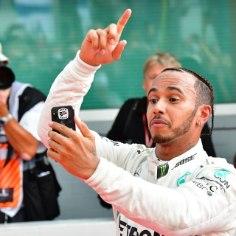 Saksamaa vormel 1 etapil teenis magusa võidu Lewis Hamilton.Kui vahepeal oli õhus, et briti triumfile tõmmatakse joon peale, siis nõnda ikkagi ei läinud.