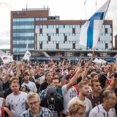 WRC ametlik Youtube'i kanal uuris Soome rallifännidelt, mis neid ala juures paelub. Meie põhjanaabrite MM-ralli toob igal aastal kokku tohutu hulga poolehoidjad, kelle jaoks on metsade vahele minek võrdne palverännakuga.