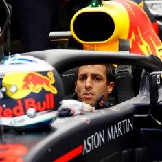 Vormelisõitja Daniel Ricciardo on otsustanud Red Bullist lahkuda ja kihutab alates järgmisest hooajast Renault masinaga.