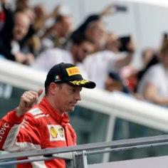 Ferrari vormelimeeskond kinnitas Monza etapilt alanud sahinaid, et soomlane Kimi Räikkönen lahkub hooaja lõpus tiimist.