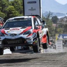 Kuulujutud Toyota rallitiimi kolmanda sõitja ümber ei taha kuidagi vaibuda. Portaali Autosport sõnul kaalub Jaapani autotootja järgmiseks hooajaks oma ridadesse meelitada tänavu Citroenist poole hooaja pealt kinga saanud Kris Meeke'i.