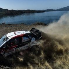 Toyota meeskonda ootavad WRC-sarjas ees ärevad nädalad. Esmalt tuleb neil 4.-7. oktoobrini aitada Ott Tänakul noppida Walesi rallilt võimalikult palju punkte ning seejärel hoida hinge kinni Rahvusvahelise Autospordiliidu (FIA) istungi tõttu.