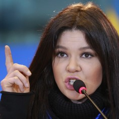 Ruslana üleskutse: lõpetagem tulistamine omade vahel, tõeline vaenlane on Putin!