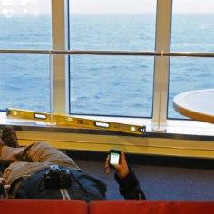 VÄITEKIRI: Eestist lahkuvad eelkõige madalama haridusega inimesed