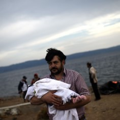 HIRM, TÜHJUS JA TEADMATUS: fotod Süüriast tulnud lastest, kes ei tea, kus on nende kodu