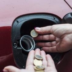 Kas kütuste hind oleneb nädalapäevast?