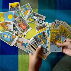 TAROSKOOP: mida lubavad kaardid Jäärale ja Sõnnile järgmiseks kuuks?