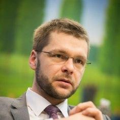 Jevgeni Ossinovski istus isa firma nõukogus formaalselt