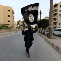 Islamiriik jätab maha laibamäed