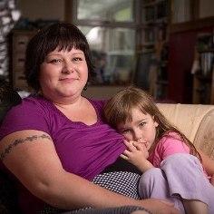 IMETAMINE TEEB TARGAKS: ema annab rinda viieaastasele tütrele