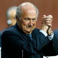 Prints Ali loobus enne 2. vooru ning andis Sepp Blatterile võidu
