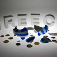 FT: Kreeka on teatud tingimustel abiprogrammi tingimustega nõus